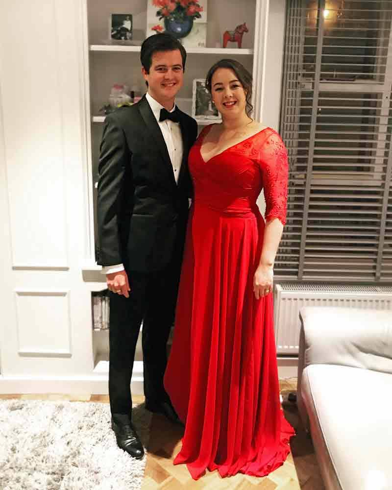 Grace wore this red evening gown with chiffon skirt whenshe was presented to the Duke and Duchess of Cambridge at this year's Tusk Conservation Awards